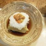 雅叙園 - 牡蠣の煮こごり風とトッピングは甘~い雲丹