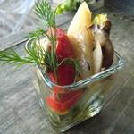 クラゲストア - 彩りロースト野菜のマリネ 700円(税抜)