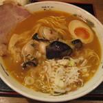 麺喰い メン太ジスタ - 牡蠣どて味噌ラーメン