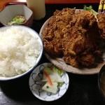 インター食堂 - 唐揚げ定食