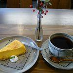 バナナカフェ - 料理写真:カボチャチーズケーキセット(\700)