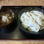うどん八 - 『つけ汁麺 あったか肉きのこ(大盛り)』(840円)