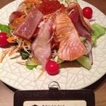 たなごころ - 海鮮焼きしゃぶサラダ