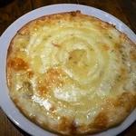 地中海バール&グリル イタマル - ゴルゴンゾーラとハチミツのピザ