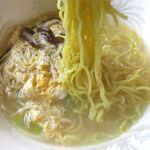 焼肉じゅうじゅう - 塩ラーメンの麺