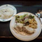ポコアポコ - Bランチ 白身魚のアンチョビクリームソース