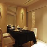 メゾン・ド・ユーロン - ベージュで統一されたおしゃれな空間で、大切な方との時間をお過ごしください
