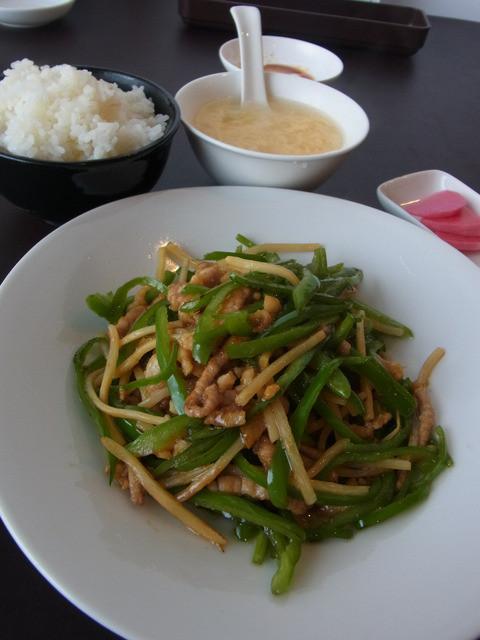 蓮花茶廊 - 卵スープと山盛りのご飯もおいしかった