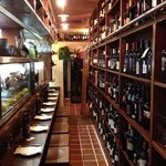 生ハムとワイン メッシタフランコ - イタリアワインは1000本!