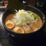 麺や 楓雅 - 豚骨魚介らーめん+味付玉子 2013.10