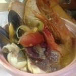 ポポラーレ - 海の幸のブイヤベース! 寒い季節にピッタリ!あったか魚介のスープ仕立てです