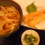 うだま 梅田店 - 海老天うどん800円♪(*^▽^*)人