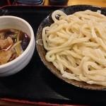 まる政 - 肉なす汁うどん 大盛¥900