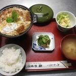 やすけ鮨 - ランチロースかつ鍋定食