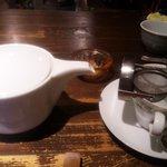 ロカ - ポットサ-ビスの紅茶