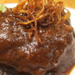 湘南肉豚屋 - 自家製煮込みハンバーグアップ