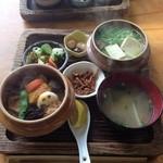 奥多摩釜めし - 奥多摩釜飯