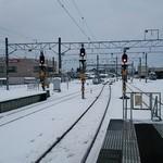 旨味処出端屋 - かえりは新幹線、大曲のホームです。