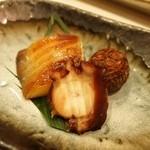 鮨西光 - 羅臼産の銀鰈、蛸柔らか煮、小芋