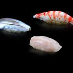鮨 仙八 - 料理写真:江戸前の鮨が口の中で広がります。
