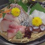 和・さび - 料理写真:旬のお刺身も、ご用意しています。