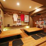 武士道 - 4人と6人が座れる、個室もござる。