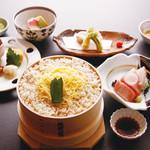 岩むら - わっぱ飯は、1ランク上の御膳でもご用意しております。食材は月ごとに変わります。