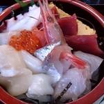 松島さかな市場 - 松島さかな市場 @松島 海鮮ちらし 1,575円