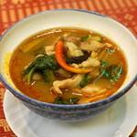 バイヨーク - 2013.11 ゲーンケーガイ(鶏肉と野菜のチェンマイ風スープ)