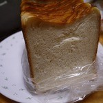 アーベン - きめの細かい柔らかパンです