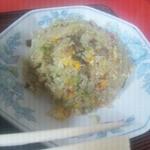 三平 - 料理写真:味噌ラーメン(麺固め)&チャーハン定食\830
