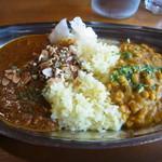 ラクダカレー - 辛口キーマカリー+豆カリー