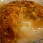 22518891 - とろりとした甘酢あんがシンプルで絶妙♪ 「天津飯と餃子 (690円)」