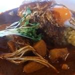 八木カレー - オリジナルベースのエッグカレー辛口大盛り
