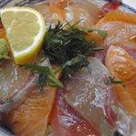 地酒焼酎 さくら - 海鮮丼