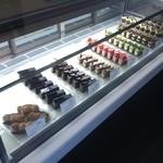 ルセットショコラ - 一番左に週末限定品