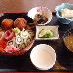 ひさご - 花実丼850円