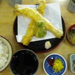 魚々庵なりた - 料理写真:写真悪くすみません 穴子天ぷら定食1,365円
