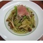 スパゲッティ食堂ドナ - 生ハムとドライトマトの大葉ジェノベーゼ