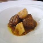カルペディエム - 牛バラ肉の赤ワイン煮