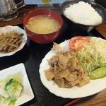 信濃路 - 生姜焼肉定食¥500