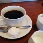 ル ヴェール フレ - コーヒーと焼きメレンゲ
