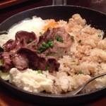 Butabarubiwaiokatamari - 豚肉の鉄板焼