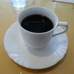 22550826 - セットのホットコーヒーです。