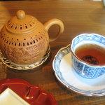 2256091 - 有機烏龍茶(ポットサービス)500円