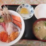 22564721 - 海鮮丼 1580円 【 2013年11月 】