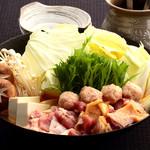 ばり鶏 - ピリ辛味のごま鍋です。寒い時季にはぴったりです。