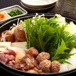 ばり鶏 - 水炊き鍋。さっぱりと自家製ポン酢で。