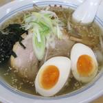 カレーらーめん じぇんとる麺 - 塩ラーメン+あじ玉