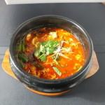 焼肉 大将軍 - 焼肉に合うスープと言えば「カルビスープ」!